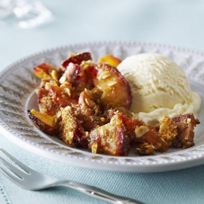 Debbie's Nectarine and Plum Crisp